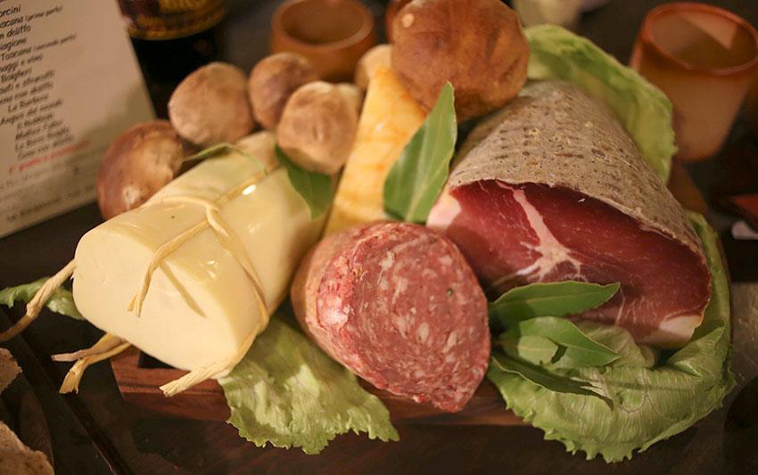 aperitivo con prodotti tipici liguri